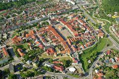 Bardiów (Bardejov) - Slovakia.travel The Good Place, City Photo, Places To Visit, Around The Worlds, Europe, Saris, Amazing Places, Traveling, Sarees
