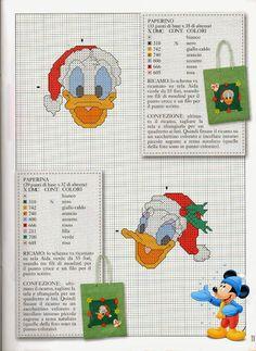 Donald & Daisy / Santa hats