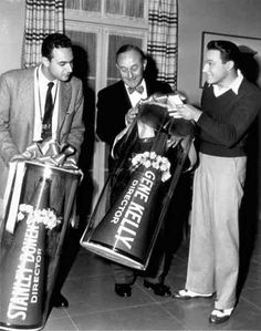 In 1998 Stanley Donen received the Academy Honorary Award for his body of work, including the classic film Singing in the Rain that he co-directed with Gene Kelly. Stanley Donen, An American In Paris, Gene Kelly, Singing In The Rain, Dance Photos, Classic Films, Film Director, Best Actor, Hollywood Stars