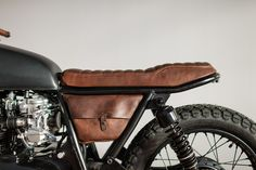 1975 Honda CB550 Cafe Racer (FADE TO BLACK) - Honda Cafe Racer