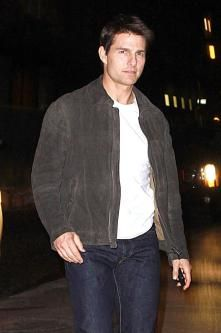 Tom Cruise had a delivery of Collagen Shots for his recent premier :-) Tom Cruise Young, Ton Cruise, Latest Movie Releases, Z Cam, The Man From Uncle, Celebrity Dads, Celebrity Style, Katie Holmes, Ex Wives