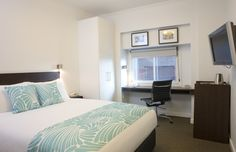 Petite Queen room - All you need in a neat package including free wifi