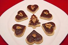 Walnussherzen, ein sehr schönes Rezept aus der Kategorie Kekse & Plätzchen. Bewertungen: 122. Durchschnitt: Ø 4,8.