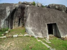 The only website on megaliths of India