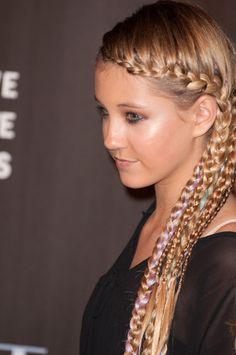 Ava Samboras braided hairstyle