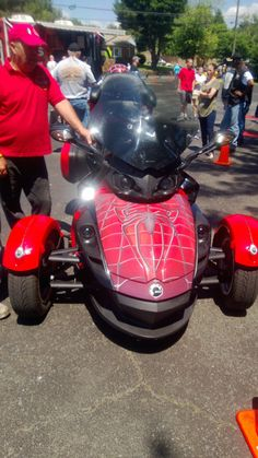 2013 Can-Am Spyder RT and ST Recall Notice http://ijustwant2ride.wordpress.com/2013/09/10/2013-can-am-spyder-rt-and-st-recall-notice/