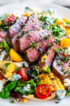 Balsamic Steak Gorgonzola Salad with Grilled Corn - A 20 minute delicious steak and salad dinner recipe with tomatoes red onion home grilled corn gorgonzola cheese crumbles gremolata and balsamic vinaigrette Perfect for the summer grilling months From Salad Recipes For Dinner, Dinner Salads, Grilled Dinner Ideas, Healthy Summer Dinner Recipes, Grilling Ideas For Dinner, Summer Dinner Ideas, Gourmet Dinner Recipes, Dinner For Two, Summer Food