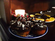 Christmas muffin Forralt boros, fahéjas, narancsos nyalánkság. Hamisìtatlan karácsonyi ìz Muffin, Desserts, Food, Tailgate Desserts, Deserts, Essen, Muffins, Postres, Meals