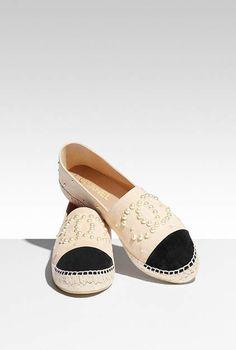 Espadrilles, suede calfskin & imitation pearls-beige & black - CHANEL