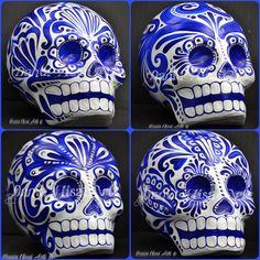 N/A Mexican Crafts, Mexican Folk Art, Mexican Skulls, Mexico Day Of The Dead, Day Of The Dead Skull, Sugar Skull Art, Sugar Skulls, Pinstriping Designs, Blue Artwork