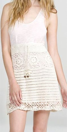 crochet skirt.... if i wear it higher like this, i could wear it even when i feel icky