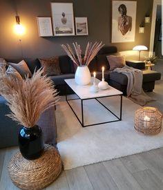 home decor classy So cozy! classy_interiors_love The post So cozy! classy_interiors_love appeared first on BlinkBox. Living Room Grey, Cozy Living, Living Room Modern, Home Living Room, Apartment Living, Living Room Decor, Living Spaces, Classy Living Room, Cozy Apartment