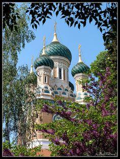 Cathédrale Saint Nicolas, France   by L. Buffetaud, via Flickr