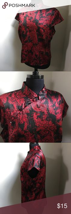 Asian Silk Top - XL Beautiful silk top by Worthington has an Asian style in black and red. This short sleeved top has a zipper up the side and is a size XL. Ready to ship from a non smoking home. Worthington Tops