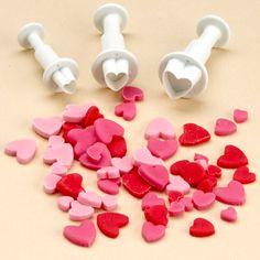 3 emporte-pièces poussoirs coeurs - Annikids