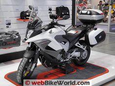 Honda Crossrunner White With Givi Luggage