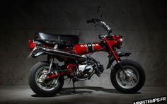Le Honda Dax ST70 de Benoit
