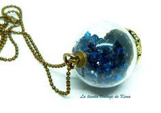 Colgantes - Collar-colgante con pequeños cristales azules - hecho a mano por LatiendaVintagedeKima en DaWanda
