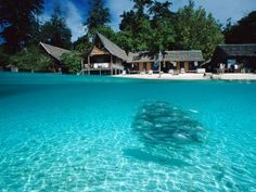 Sipadan-Borneo. Borneo is considered the world's third largest island after Greenland and Papua New Guinea.