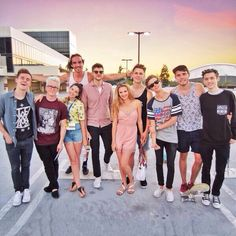 The Whole YouTube crew apart from Caspar