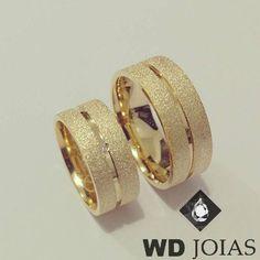 diamond jewellery, creative jewellery designs, gold, diamonds, designer jewellery, beautiful jewellery, diamond jewellery collections, jewellery, gold jewellery, colorstone jewellery, everyday jewellery, certified jewellery, women's jewellery, men's jewellery, precious jewellery, unique jewellery. Wedding Ring Sets Unique, Classic Wedding Rings, Gold Engagement Rings, Diamond Wedding Rings, Couple Rings Gold, Couple Jewelry, Gold Earrings Designs, Ring Designs, Jewellery Designs