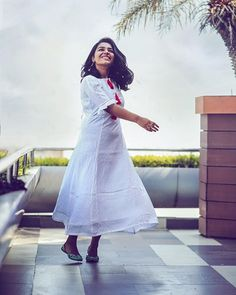Bollywood Gals: June Movie actress Rajisha Vijayan latest hd images and photos Indian Designer Outfits, Designer Dresses, Crop Top Designs, Churidhar Designs, Casual Frocks, Frock Fashion, Women's Fashion, Frocks And Gowns, Beautiful Girl Wallpaper