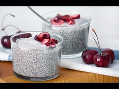 20 Fresh, Healthy Chia Pudding Recipes Just in Time For Summer! Cherry Chia Seed Pudding with Cashew Cream Yogurt Con Chia, Chia Puding, Chia Pudding Breakfast, Vanilla Chia Pudding, Coconut Pudding, Coconut Milk, Almond Milk Recipes, Chia Recipe, Superfood Recipes