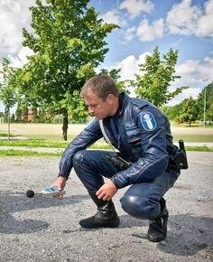 Finnish Poliisi #LeatherCop #LeatherBiker. LeatherFI