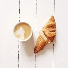 breakfast || croissant and a latte