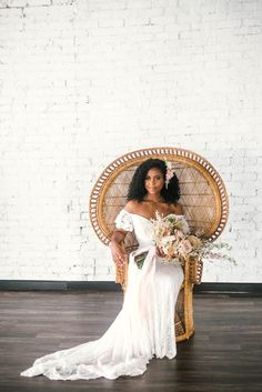 Indoor Wedding Portraits, shot with natural light - black love - african american bride sitting in a Midcentury Woven Wicker Peacock Chair in a boho wedding dress with a big bouquet - tropical inspiration - honolulu, oahu, hawaii photographer Wedding Dress Trends, Boho Wedding Dress, Tropical Wedding Dresses, African Wedding Dress, African Weddings, Wedding Updo, Boho Bride, Indian Weddings, Wedding Bride