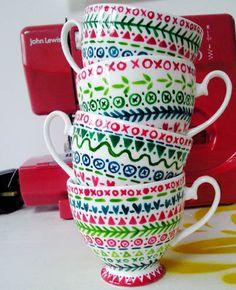 print & pattern: DESIGNERS-Ashley le Quere....such a simple border makes such a cute design.