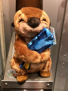 New & Exclusive at Tokyo Disney Resort - Otter Plush with Blue Fish Disney Stuffed Animals, Cute Stuffed Animals, Pato Animal, Hello Kitty Coloring, Disney Souvenirs, Disney World Parks, Disney Plush, Tokyo Disney Resort, Disney Frozen Elsa