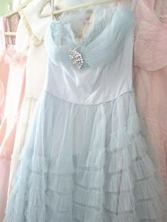 Vintage Prom Dress - Mint Green Tulle
