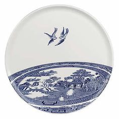 Robert Dawson for Wedgewood Decorative Ceramic Wall Tiles with Sovereignty and Action Consists of 256 ceramic tiles Old, new, borro. Blue Willow China, Blue And White China, Blue China, Love Blue, Willow Pattern, Chinoiserie Chic, Blue Plates, China Patterns, Wedgwood