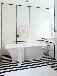 Max Kim-Bee ,S Russell Groves Bathroom Decorating Inspiration: Veranda's Most Memorable Spaces