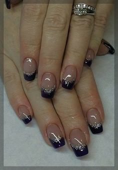 deep french nails Tips French Manicure Nails, French Tip Nails, Nail Nail, Glitter French Nails, French Pedicure, Christmas Nail Art Designs, Christmas Nails, Acrylic Nail Art, Nail Art Diy