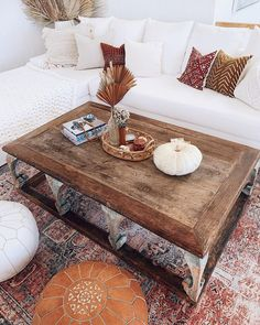 Apr 2020 - warming things up at the beach for fall 🐚🍁🍂 scroll to see the other corner of the room 🤪 Floor Design, Tile Design, House Design, Modern Farmhouse Kitchens, Farmhouse Kitchen Decor, Living Room Shop, Home And Living, Living Rooms, Katrina Scott