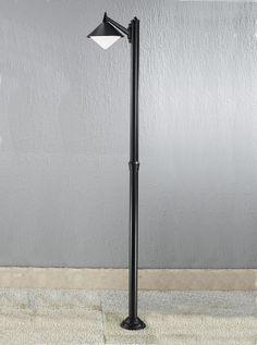 Delightful EXT6587 Sera Modern Italian Single Lamp Post, Black Aluminium. Italian  Die Cast Aluminium