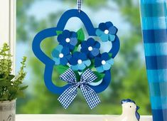 Archiwum albumów Craft Stick Crafts, Easy Crafts, Diy And Crafts, Crafts For Kids, Handmade Decorations, Handmade Crafts, Flower Decorations, Class Decoration, Paper Crafts Origami