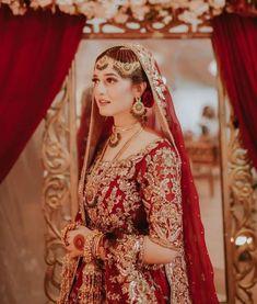 Black Bridal Dresses, Latest Bridal Dresses, Fancy Wedding Dresses, Bridal Outfits, Pakistani Bridal Makeup, Pakistani Fashion Party Wear, Pakistani Wedding Outfits, Wedding Lehnga, Wedding Bride