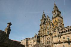 Catedral de Santiago de Compostela (desde las escaleras de San Xerome, el mejor lugar para fotografiar la fachada de la plaza del Obradoiro)
