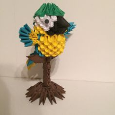 Etsy の 3D Origami Perched Macaw by OlygamiCrafts
