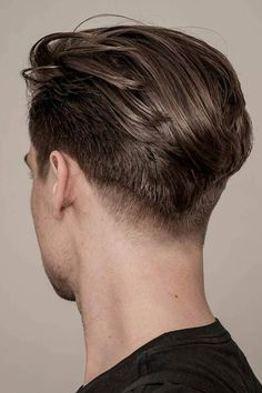 Sweep Back ★ Full galleries of inspiring hair ideas for guys with bangs. Learn how to style short wavy haircuts with hair styling products. Medium Length Hair Men, Medium Hair Cuts, Medium Hair Styles, Short Wavy Haircuts, Haircuts For Men, Undercut Hairstyles, Boy Hairstyles, Hairstyle Men, Men Undercut