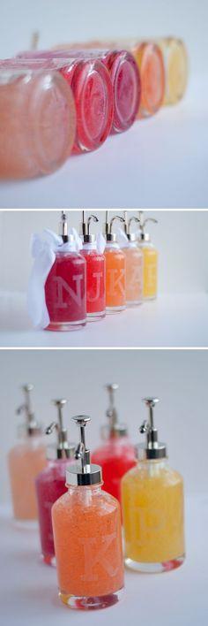 Easy & Pretty! Make an Etched Soap Pump for Child's Teacher | #teacherschangelives