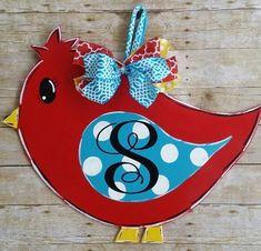 Door decoration bird with monogrammed initial spring door Painted Doors, Wooden Doors, Painted Signs, Hand Painted, Spring Door, Spring Sign, Burlap Door Hangers, Wooden Hangers, Wood Bird