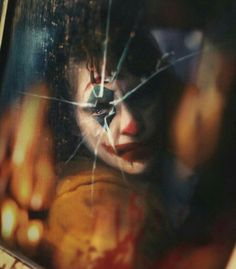 Theres an infinite amount of creativity in your image Joaquin Phoenix, Marvel Vs, Marvel Dc Comics, Art Du Joker, Joker Phoenix, Joker Photos, Joker Film, Comic Movies, Joker And Harley