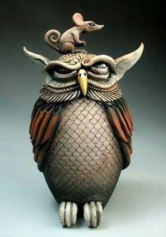 Mitchell Grafton (Митчелл Графтон) — художник-керамист и скульптор из США. Митчелл Графтон живет и работает в Панама-Сити, штат Флорида. Митчелл Графтон — художник едва ли не всю свою жизнь. Уже в 19 лет он работал на Оделл Керамика в Ruston, Луизиана, одновременно учась в Tech University. После окончания института, Митчелл переехал в Панама-Сити, штат Флорида, где он работал след…