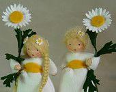 Felt flower children--daisies by www.katjas-puppenstuebchen.de.