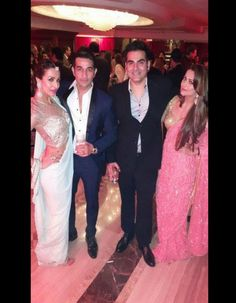 Arora sisters and their men! Amrita Arora shared this picture of herself along with husband Shakeel Ladak, sister Malaika and her husband Arbaaz Khan at Arpita Khan's wedding reception in Mumbai. #Bollywood #Fashion #Style #Beauty