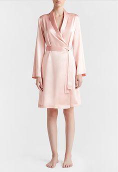 LA PERLA | SILK SATIN SHORT ROBE #laperlalingerie #lingerie